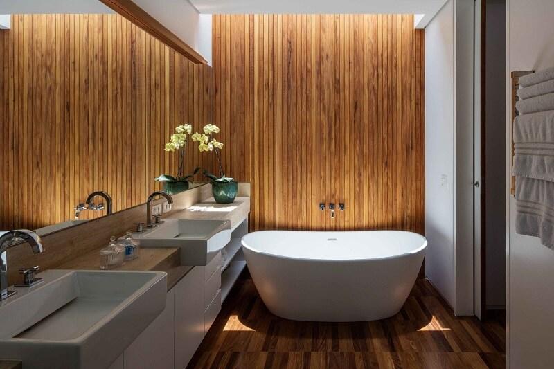 Estação mais charmosa do ano: transforme seu banheiro em um verdadeiro SPA particular. Foto: habitissimo.com