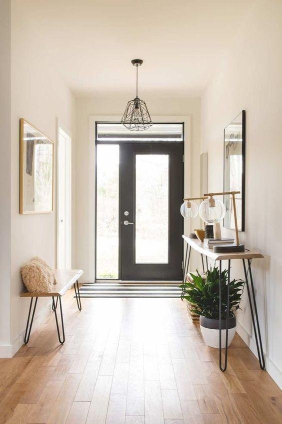 Hall de entrada com aparador rustico com pés de ferro