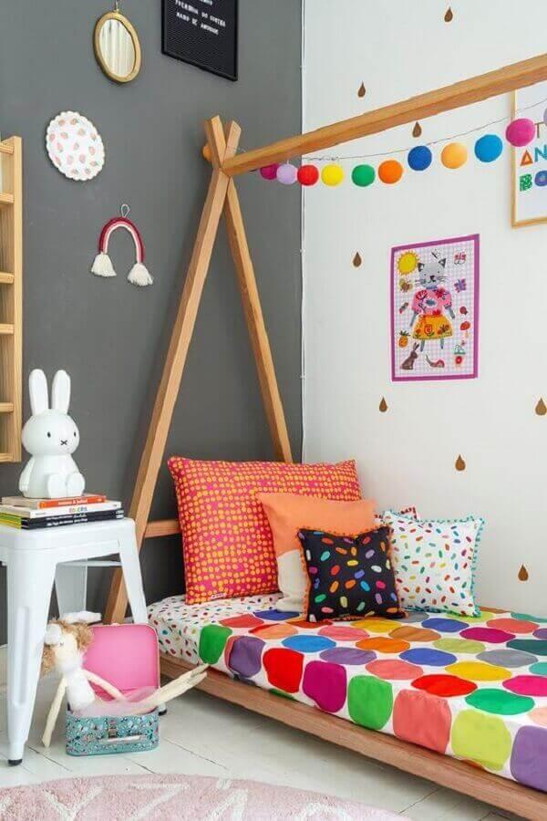 Invista em modelos bem coloridos e divertidos de de almofada infantil. Fonte: Pinterest