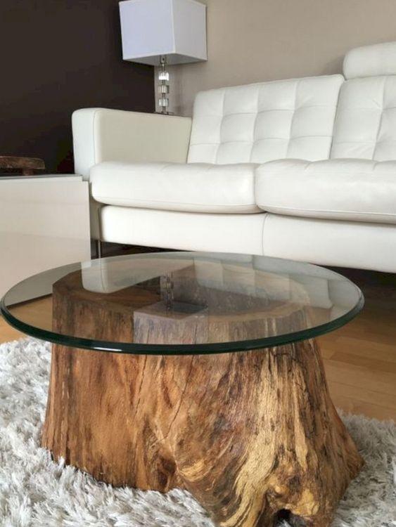 Mesa de centro rustica de madeira com tampo de vidro redondo