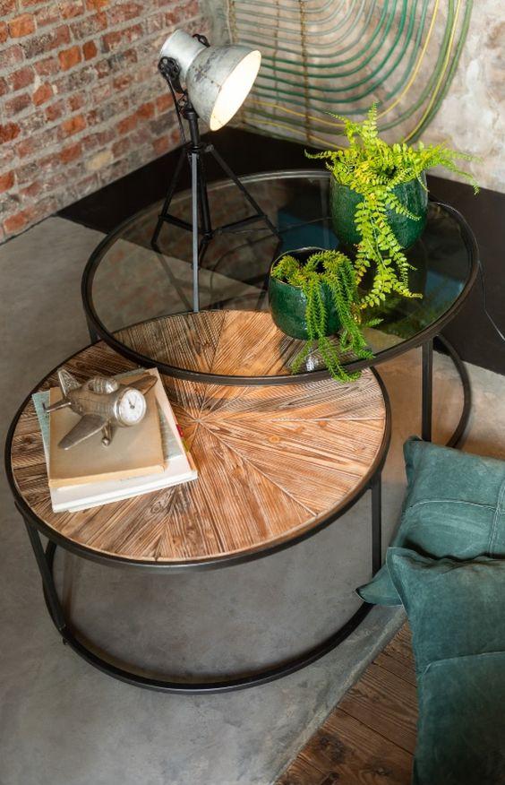 Mesa de centro rustica redonda com madeira ferro e vidro