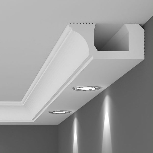 Rodapé de gesso para teto com iluminação