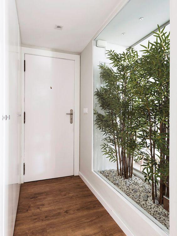 Rodapé de gesso na casa moderna