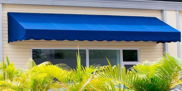 Toldo para janela fixo na cor azul