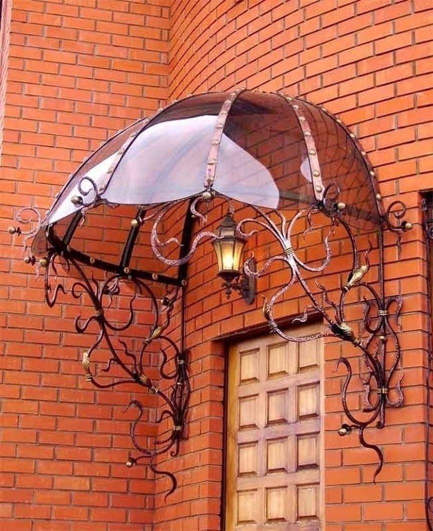 Toldo para janela com estrutura de ferro