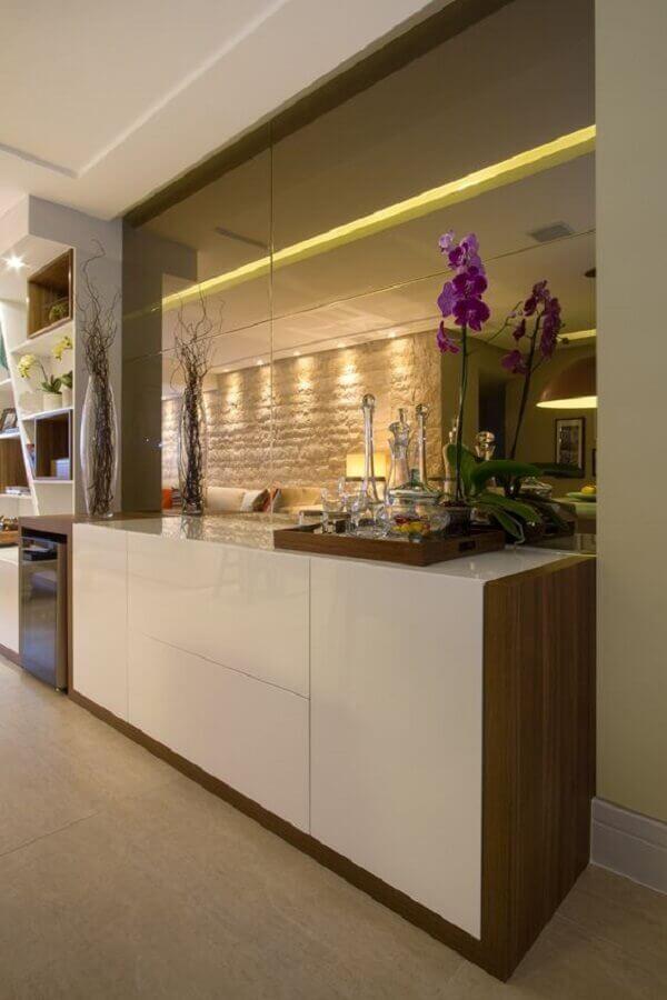 armário buffet branco para decoração de sala de jantar sofisticada Foto Cris Nunes Arquitetura