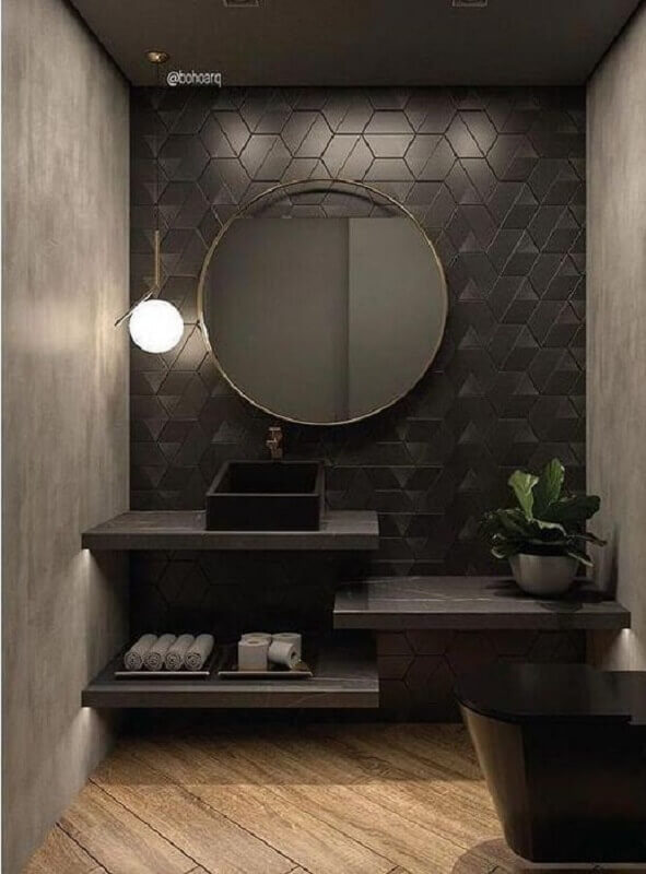 banheiro moderno decorado com revestimento preto fosco Foto Boho Arquitetura