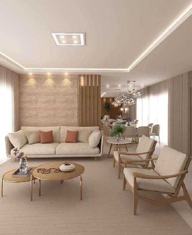cor bege para decoração de sala de visita com poltronas de madeira Foto Fashion Bubbles