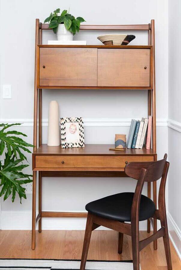 decoração clean com cadeira e escrivaninha para estudo de madeira Foto Casa de Valentina
