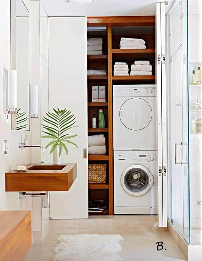 decoração com móveis de madeira para lavanderia planejada Foto Antic Chic