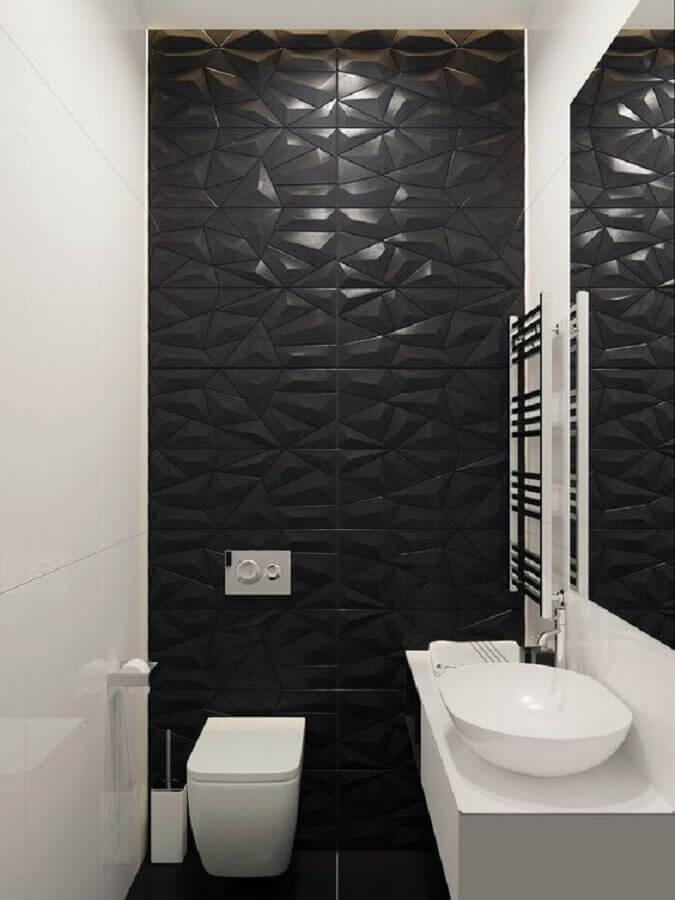 decoração de lavabo pequeno com revestimento 3D preto Foto Arkpad