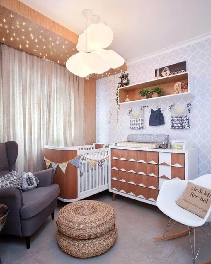 decoração de quarto de bebê com luminária decorativa infantil em formato de nuvem Foto Pinterest