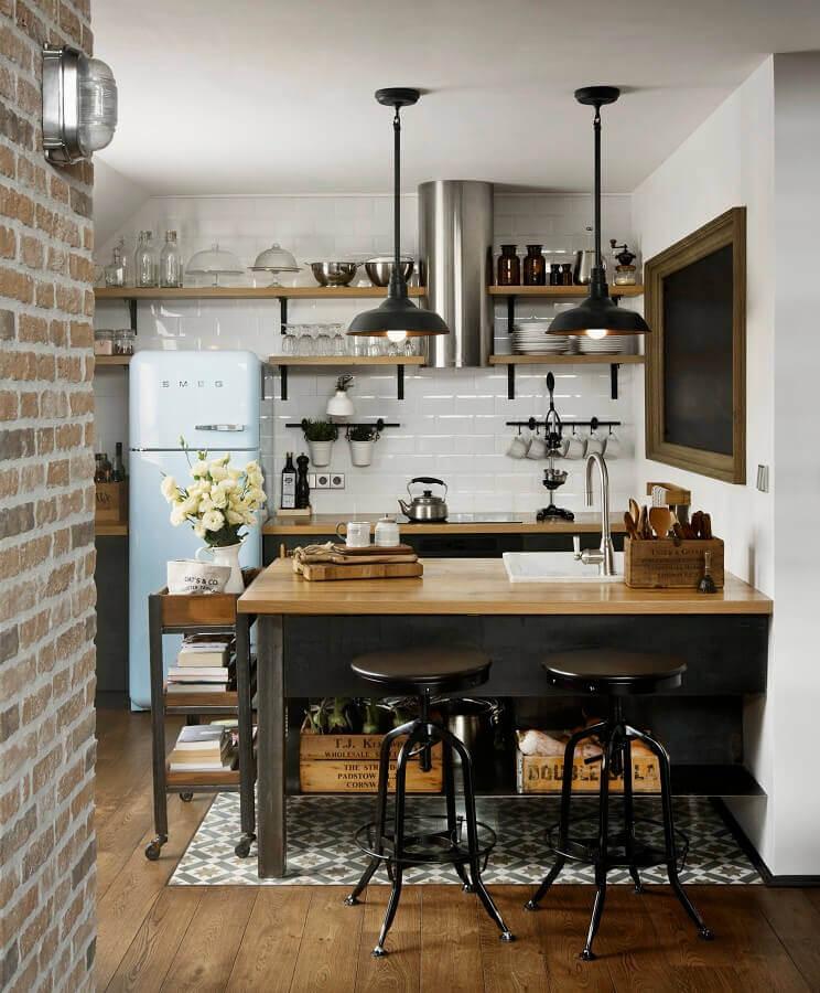 decoração estilo industrial para cozinha com luminárias decorativas Foto Archilovers