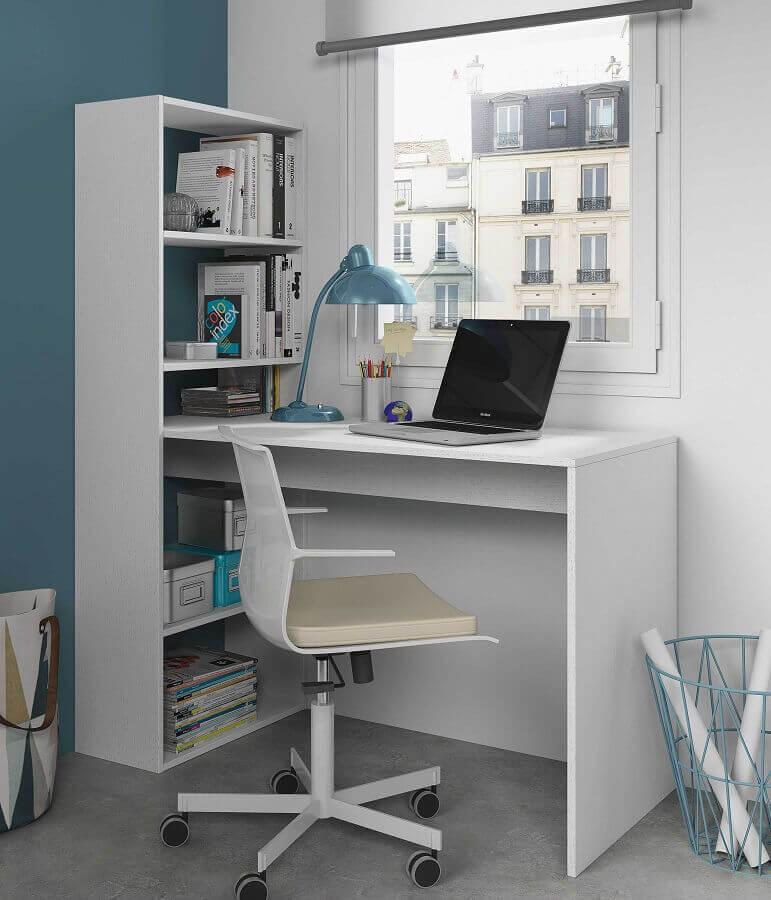 decoração simples com escrivaninha com cadeira para estudo Foto Furniture Factor