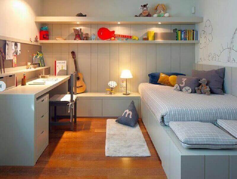 escrivaninha de estudo para quarto cinza decorado com móveis planejados Foto We Heart It