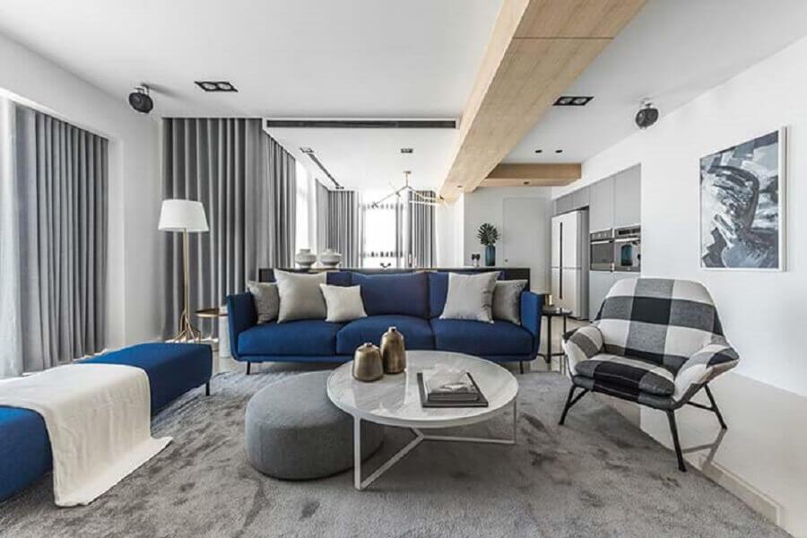 poltrona xadrez para decoração de sala de visita cinza e azul Foto Pinterest