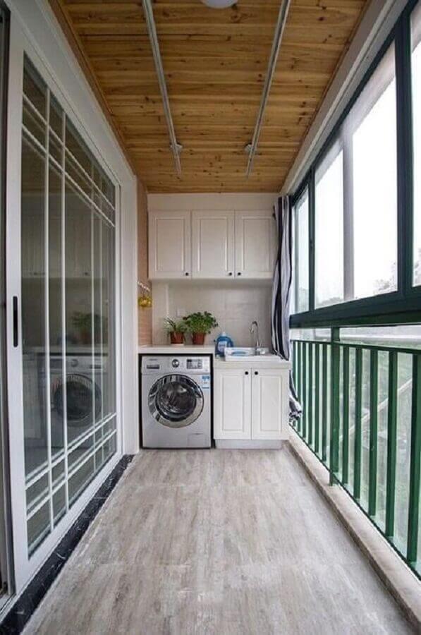 varanda decorada com móveis para lavanderia pequena planejada Foto Pinterest
