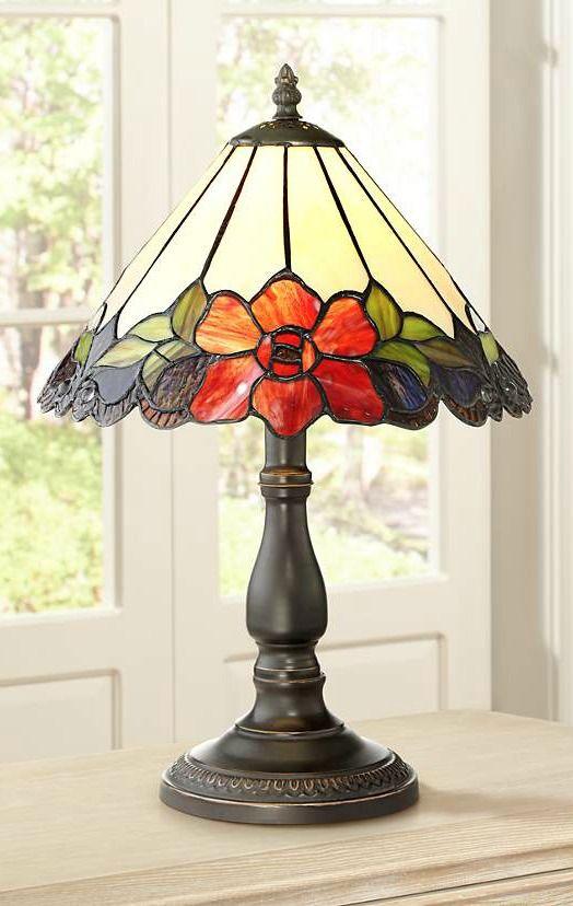 Abajur antigo com detalhe de flores colorida