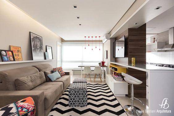 Casa compacta com tapete chevron