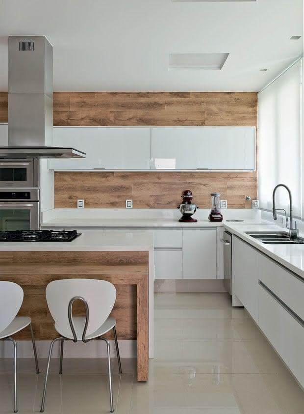 Cerâmica para cozinha com piso bege e clássica