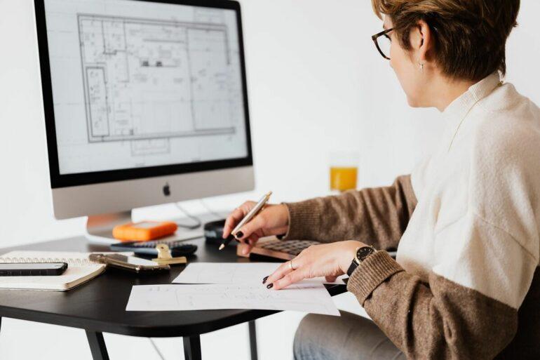 Conheça os motivos do porque contratar um arquiteto para o projeto. Fonte: Pexels