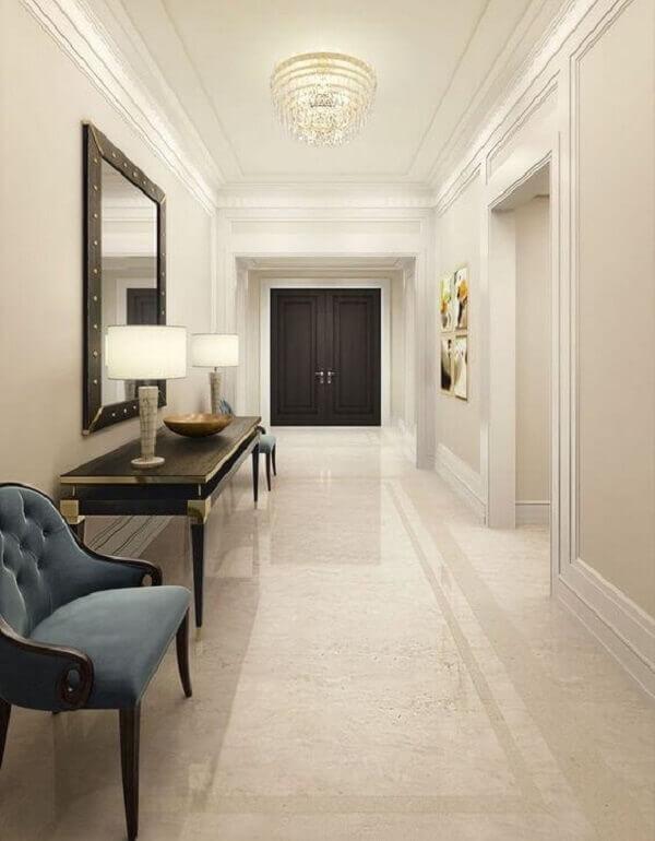 Casa com piso bege claro estilo marmorizado