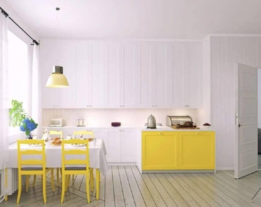 Decoração clean para cozinha branca e amarela Foto Habitissimo