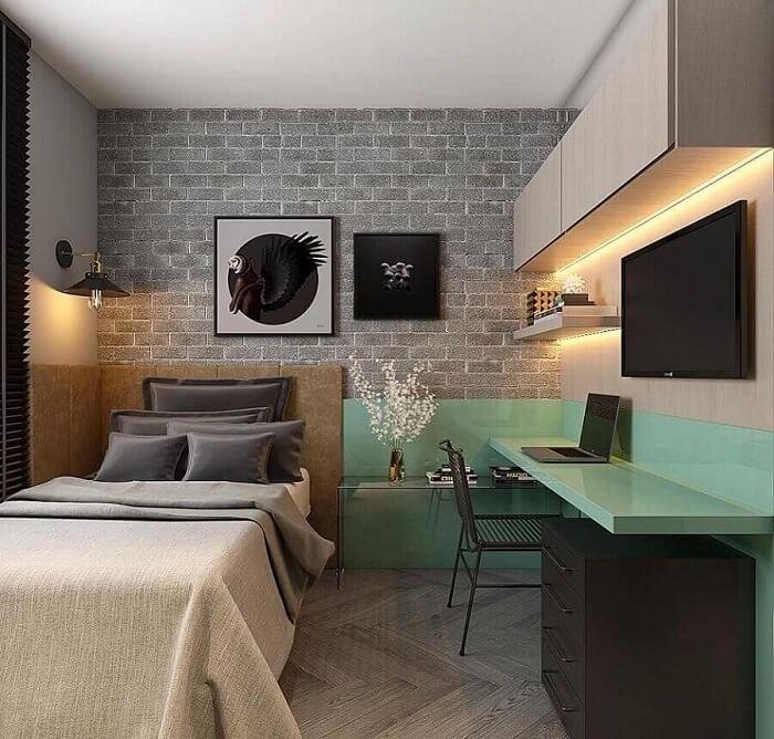Decoração moderna com escrivaninha planejada e gaveteiro preto. Fonte: Houzz