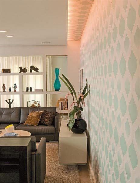 Estante de gesso vazada para sala de estar clássica