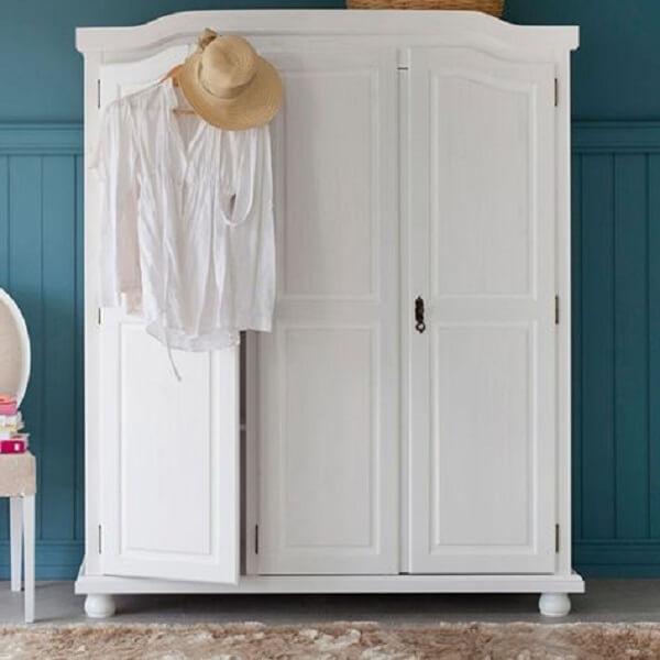 Guarda roupa rustico branco com detalhes vintage