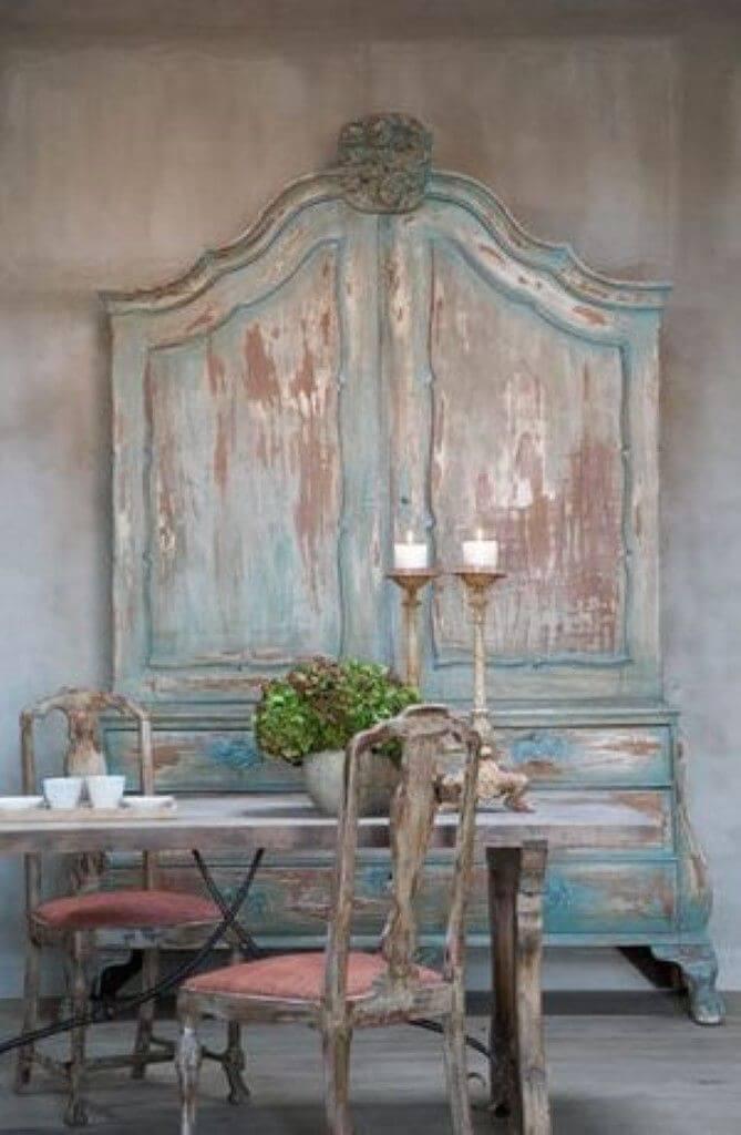 Guarda roupa rustico de madeira e pintura azul