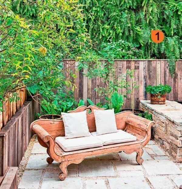 Ideias de jardim vintage de madeira com estofado branco