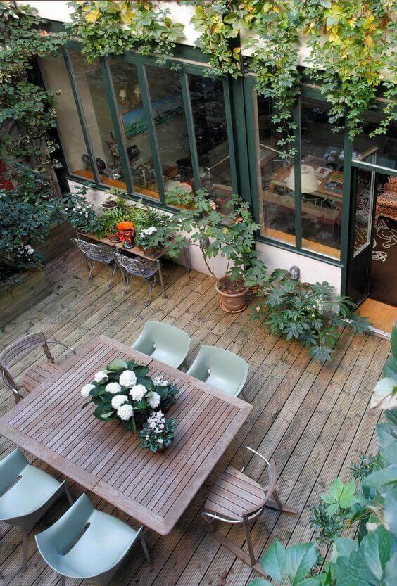 Ideias para jardim moderno com mesa de jantar