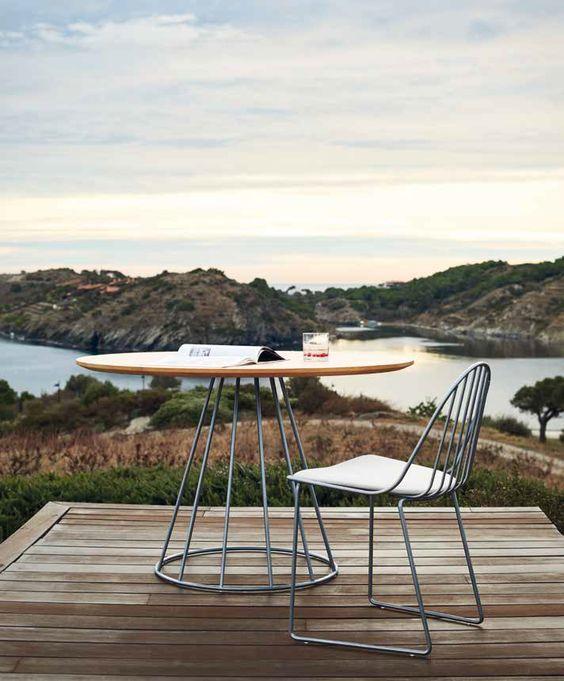 Mesa cone para varanda