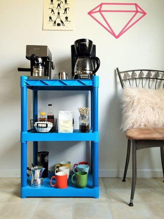 Mini estante para cantinho do café