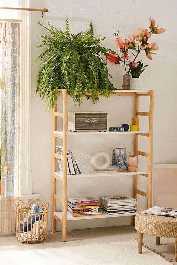 Mini estante para decorar sala de estar moderna