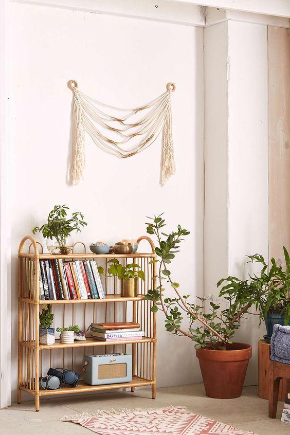 Mini estante para livros e decoração da sala de estar