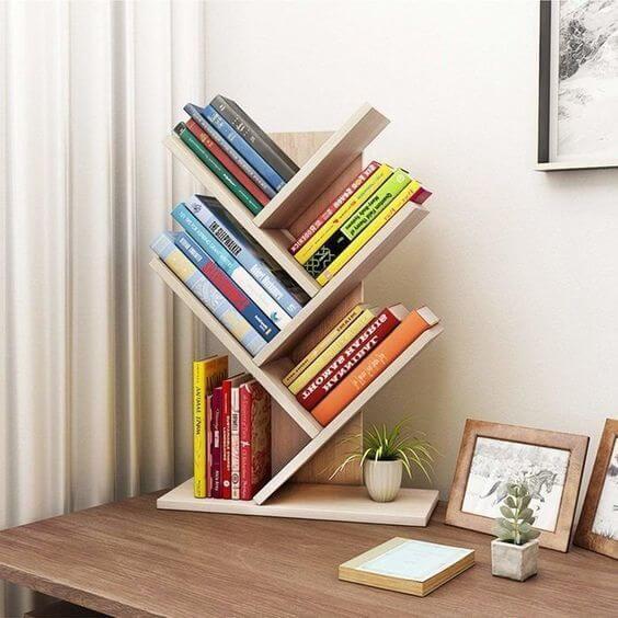 Mini estante para mesa do escritório