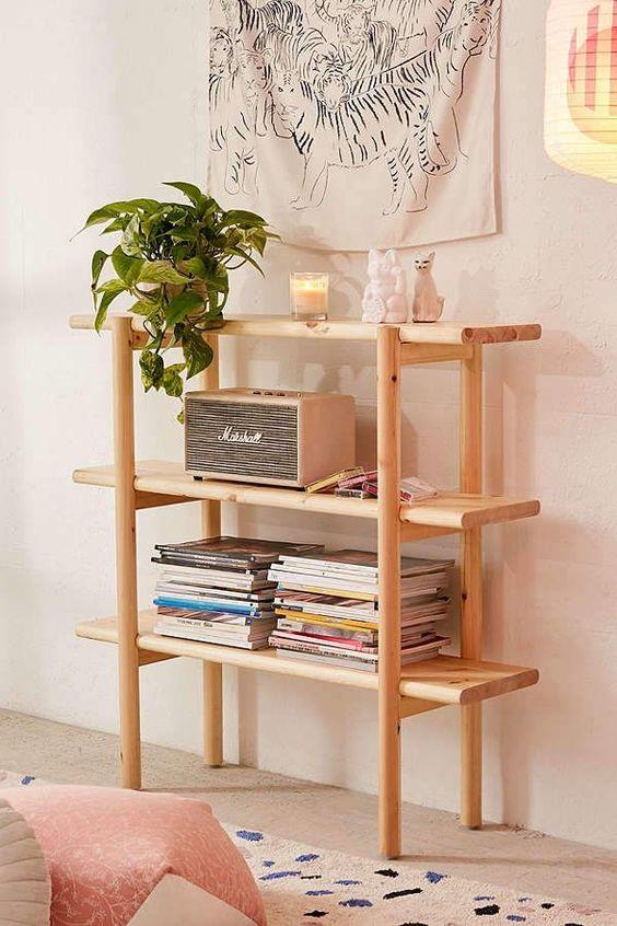 Mini estante para revistas e decoração da sala de estar