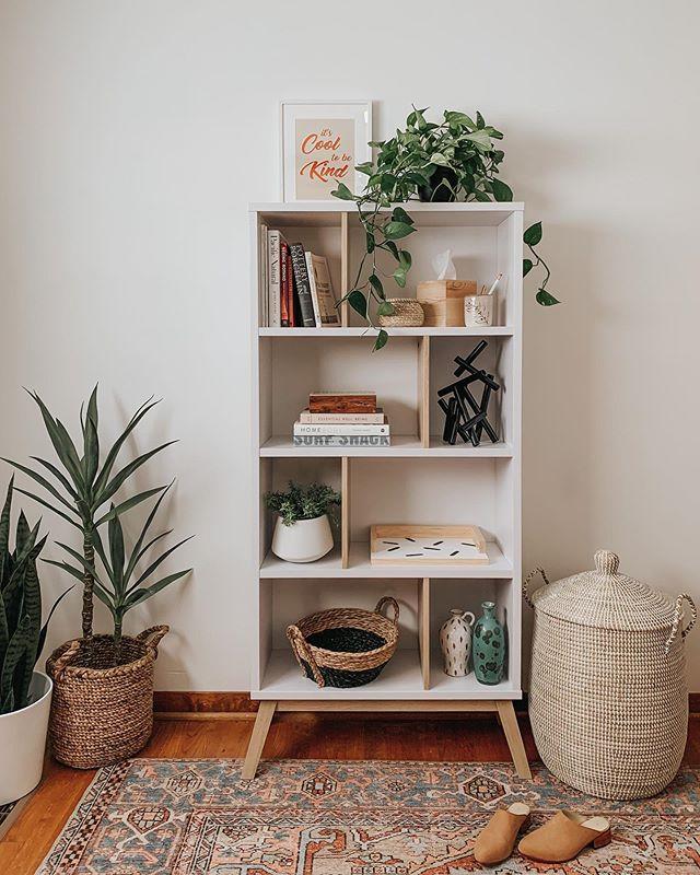 Mini estante vintage para quarto boho