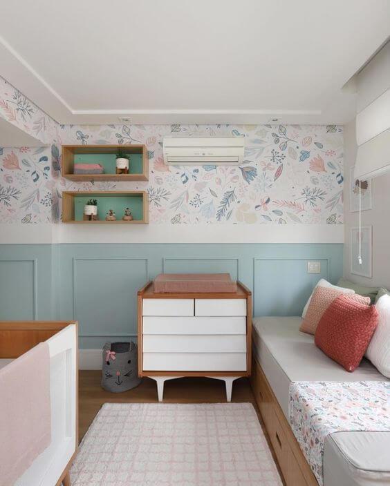 Moldura de isopor para quarto infantil