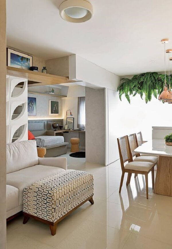 Porcelanato bege no apartamento pequeno