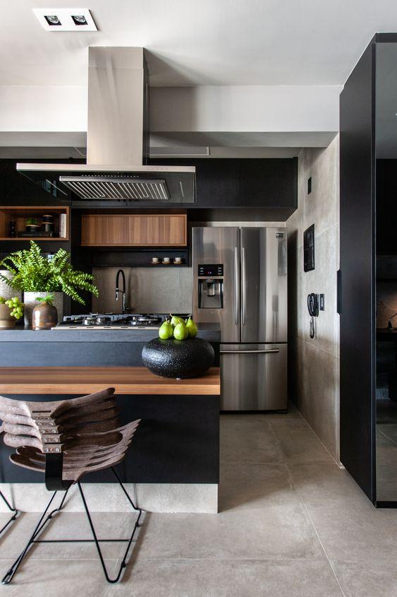 Porcelanato cimento queimado na cozinha moderna e armários pretos