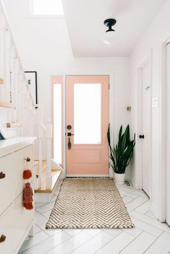 Porta de madeira e vidro para sala