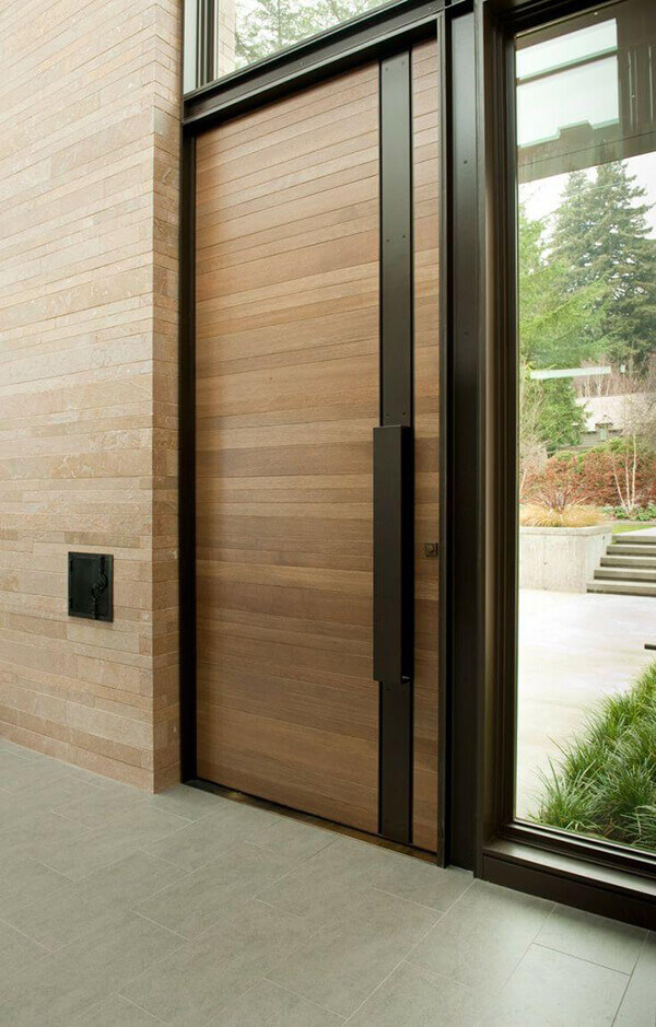Porta de madeira para sala resistente para entrada de casa