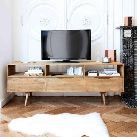 Rack Rustica de madeira para sala de estar pequena