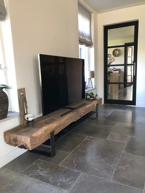 Rack rustico para tv na sala de estar