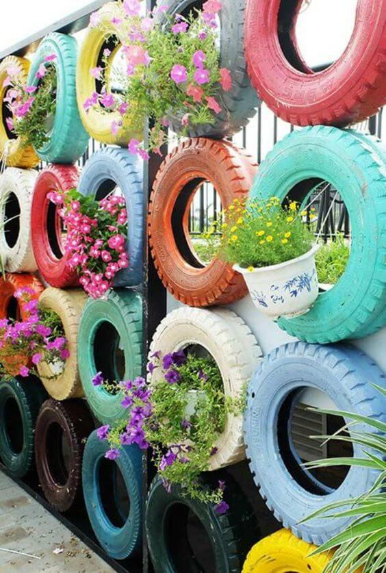 Recicle itens velhos para usar no seu jardim encantado
