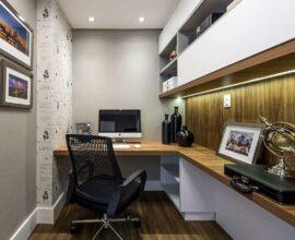 Reforma no seu home office invista em uma cadeira no mínimo com assento regulável. Projeto de Espaço do Traço Arquitetura
