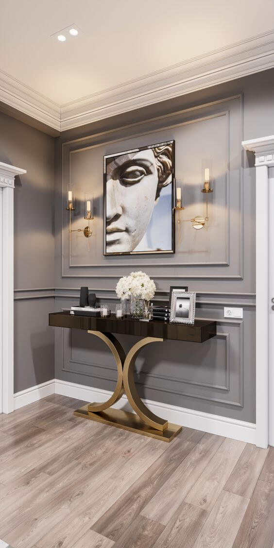 Sala com moldura de isopor com acabamento